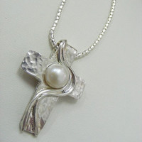 Holyland Sterling Silver Cross with white Sweat water pearl Necklace