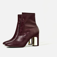 HEEL DETAIL ANKLE BOOTS DETAILS