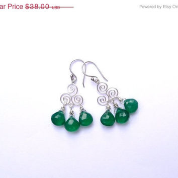 25% OFF STOREWIDE SALE Green Onyx & Sterling Silver Celtic Spiral Earrings - Gemstone Earrings - Silver Earrings - Celtic Jewelry - Gemstone
