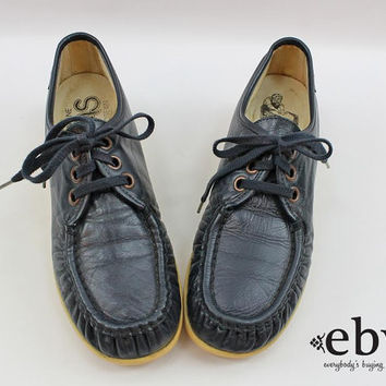 Vintage SAS 70s Navy Leather Lace Up Shoes 9.5 SAS Leather Shoes SAS Shoes Navy Shoes Blue Shoes Leather Wedges Lace Up Boots 70s Wedges