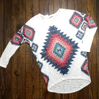 TRIBAL PAPER PRINT KNIT TOP