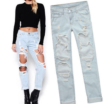 FASHION HOLE LOOSE JEANS