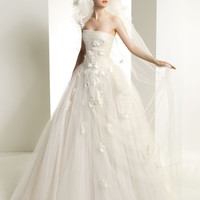 strapless tulle ball gown the bodices with handmade flowers and applique with beads
