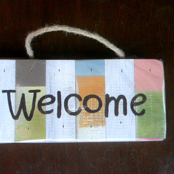 "Wood Pallet  Sign  "" Welcome ""  Rustic Reclaimed Wood Handmade wooden Signs Wall Hnging Home Decor Custom Hand Painted / Gift 10""X4.75"""