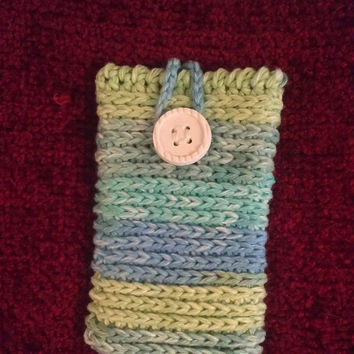 Crochet Smart Phone Cozy - protection sleeve in bold stripes