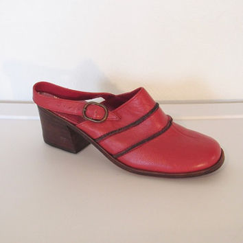 Vintage 1970s Wilbar's / Red Leather Slingback Shoes / Buckled Straps / Stacked Heels - Size 8
