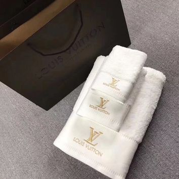 Louis Vuitton Bath towel Towel Suits