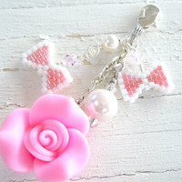 Fairy Kei Pink Rose and Bow Zipper Pull, Kawaii Pastel Charm, Beaded Accessory