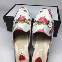 shosouvenir  Gucci Flat bottomed embroidered slippers