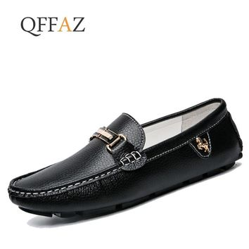 QFFAZ Brand Fashion spring Style Soft Moccasins Men Loafers High Quality Genuine Leather Shoes Men Flats Gommino Driving Shoes