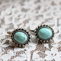 Retro oval TURQUOISE cabochon antique silver clip earrings/Clip on earrings/Vintage earrings/non pierced earrings/Bohemian/Gypsy/handmade