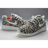 Nike Roshe Run - Leopard Print - White & Black