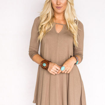 Keyhole Long Sleeve Dress in Mocha