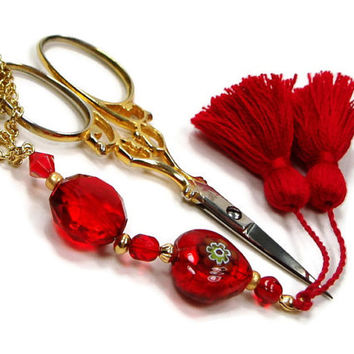 Scissor Fob, Red Heart, Gold, Quilting, Sewing, Cross Stitch, Beaded, Gift for Crafter, DIY Crafts, TJBdesigns