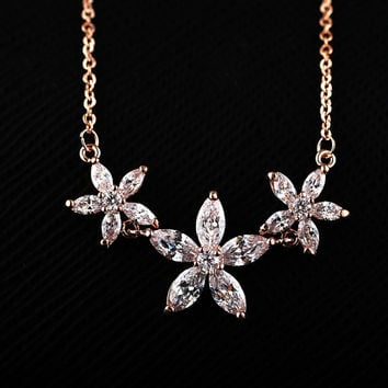 Crystal Statement Necklace Pendant Jewelry Crystal Flower Necklace Choker Necklace Fashion Girl Necklace Wholesale
