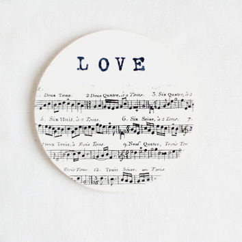Wooden gift coaster with printed typewriter style text 'LOVE'  - 1 pcs, gift ideas, handmade, love, valentine,  music sheet