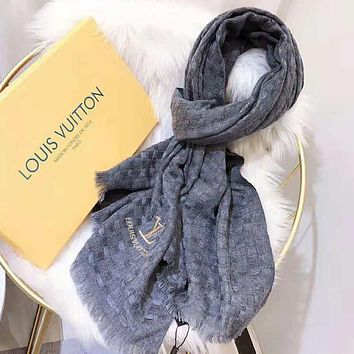 LV Winter Fashionable Women Men Louis Vuitton Simple Cashmere Cape Scarf Scarves Shawl Accessories Grey
