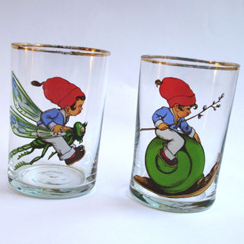 Cartoon Style Vintage Drinking Glasses, Set of 2, Soviet Glass with Boy on snake & Boy on dragonfly, Water and juice glasses, Tumblers 80's