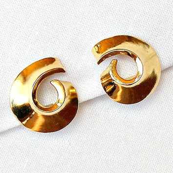 Vintage Abstract Earrings. Modern Gold Tone Clip On Earrings. 1960s Jewelry.