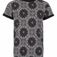 BLACK BANDANNA PRINT T-SHIRT - Men's T-Shirts & Vests - Clothing