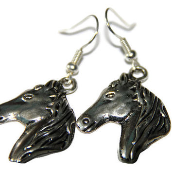 Silver Horse Head Earrings, Silver Horse Earrings, Pony Earrings, Farm Jewelry, Cowgirl Earrings, Equestrian Jewelry