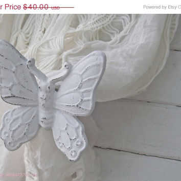 SPRING SALE Set of 2 Curtain Tiebacks / Butterfly Decor / Nursery Wall Decor / Woodland / Curtain Holder / Custom Color