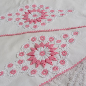 Crocheted pillowcase set vintage linen pillow cases pink trim