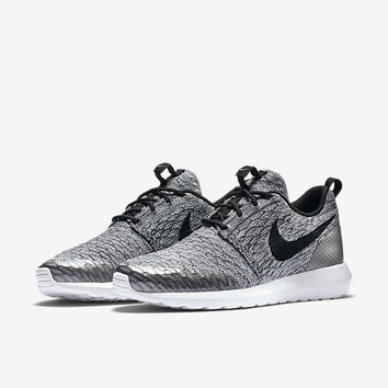 The Nike Roshe NM Flyknit SE Men's Shoe.