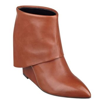 Nine West: Hissyfit Wedge Booties