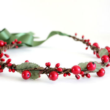 Holiday Floral Crown, Flower Crown, Woodland, Holiday fashion, winter wedding, womens accessories, Christmas Headpiece