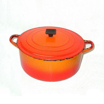 Vintage Ca 1970s Le Creuset France Sz E Dutch Oven Cast Iron Enamel Bright Orange