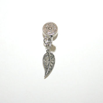 Fake belly button - fake belly clip on -  fake navel clip-on - fake navel button - flower and leaf