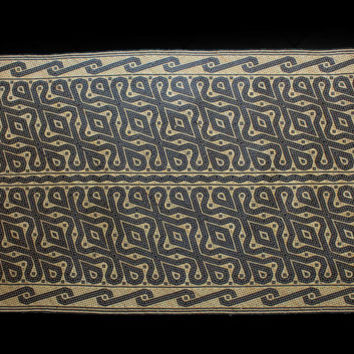 Penan Rattan Mat 199CM Borneo Traditional Hand-Woven Rattan Mat / Carpet/ Floor Rug Tribal Nomadic Penan (Punan) Dayak Plaited Of Rainforest