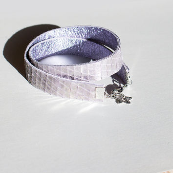 Holographic Leather Bracelet, Metallic Reptile Snake Lavender, Small Wrap Around Cuff, Stacking Bracelet, Birthday Gift