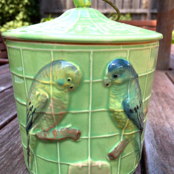Retro Cookie Jar / Kitsch Vintage Ceramic Cookie Jar / Mid Century Cookie Jar / Japanese Kitsch Cookie Barrel / Love Birds Cookie Jar