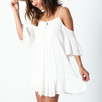WHITE OFF SHOULDER CROCHET RUFFLE DRESS