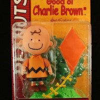 "CHARLIE BROWN (ORANGE SHIRT & CLASSIC SMILE EXPRESSION) with Kite and Kite-Eating Tree PEANUTS Action Figure from ""Good ol' CHARLIE BROWN"""