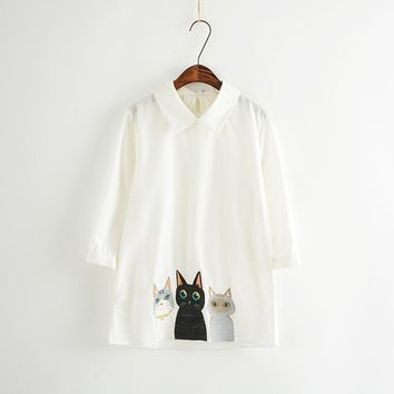 Brand Pure white summer female peter pan collar shirts cartoon  lovely cats embroidery woman fashion casual blouse shirt