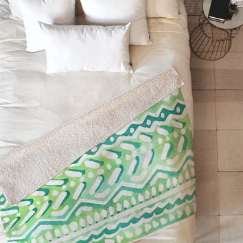 CayenaBlanca Green Tribal Fleece Throw Blanket