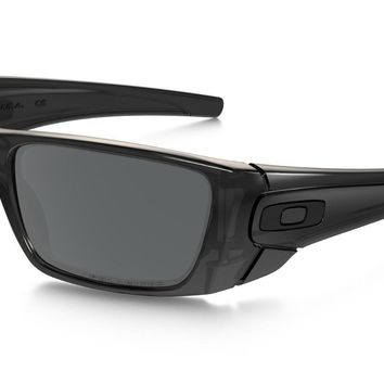 One-nice™ OAKLEY FUEL CELL POLARIZED OO9096-83 SUNGLASSES, BRAND NEW with tag
