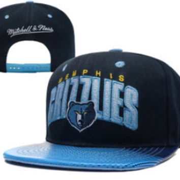 Mitchell & Ness Grizzlies Snapback in Baby Blue / Blue