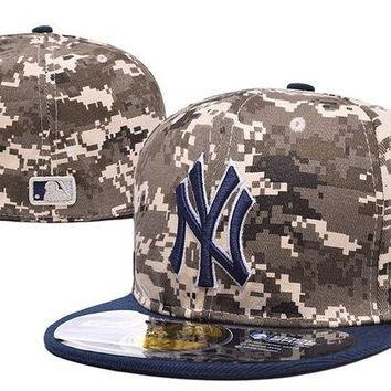 DCCKBE6 New York Yankees 59FIFTY MLB Baseball Cap Cool Base Camouflage
