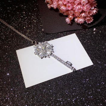 Fashion All-match Key Christmas Flower Zircon Pendant Necklace Diamond Sterling Silver Clavicle Chain