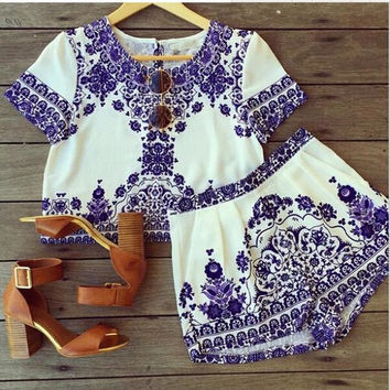 Blue and White Porcelain printing Short Sleeve Chiffon Cropped Top Shorts Set