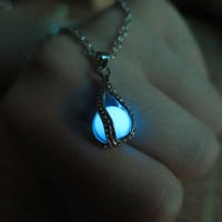 Blue Luminous ball, Dragon Claw, prom jewelry, party jewelry,Glow in the dark blue necklace,Glowing Pendant Necklace