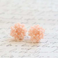 Vintage Pink Mum Earrings - Blush Bridesmaid Earrings - Mum Blush Earrings - Blush Wedding - Flowergirl Earrings - Floral Earrings - Vintage