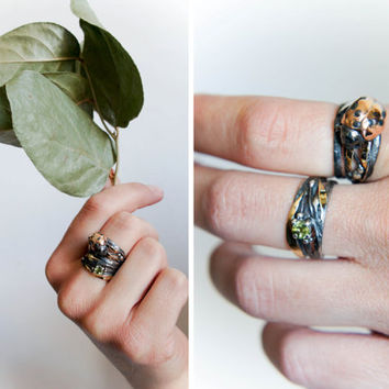 Ladybug stacking rings set, silver and gold ring, peridot ring, wide ring stack, insect jewelry, ladybug jewelry, unique ring size 7