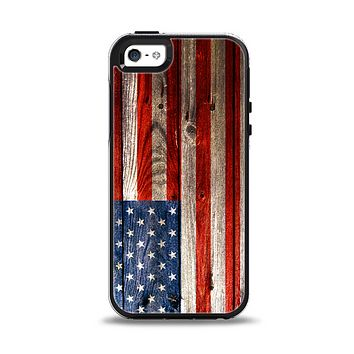 The Wooden Grungy American Flag Apple iPhone 5-5s Otterbox Symmetry Case Skin Set
