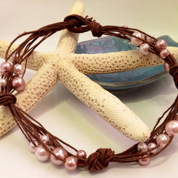 Fifty shades of pink pearl necklace