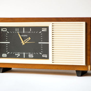 Vintage table clock – rectangle clock wooden– musical mechanism clock Nairi – rare black mantel clock USSR
